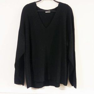 Gentle Fawn Ribbed V-neck Black Sweater
